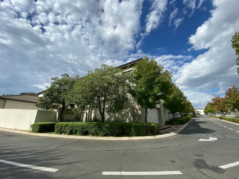 Property For Rent in Wendywood, Sandton 17