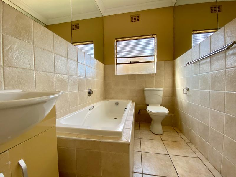 Property For Rent in Bergbron, Roodepoort 9