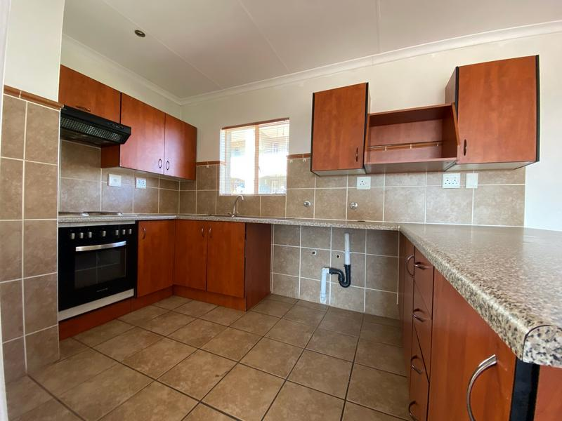 Property For Rent in Bergbron, Roodepoort 2