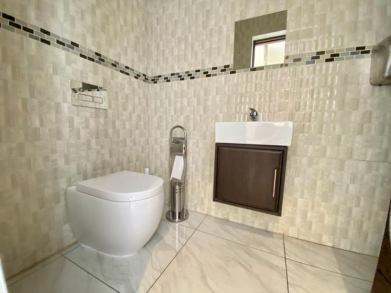 Property For Rent in Waterfall, Midrand 14