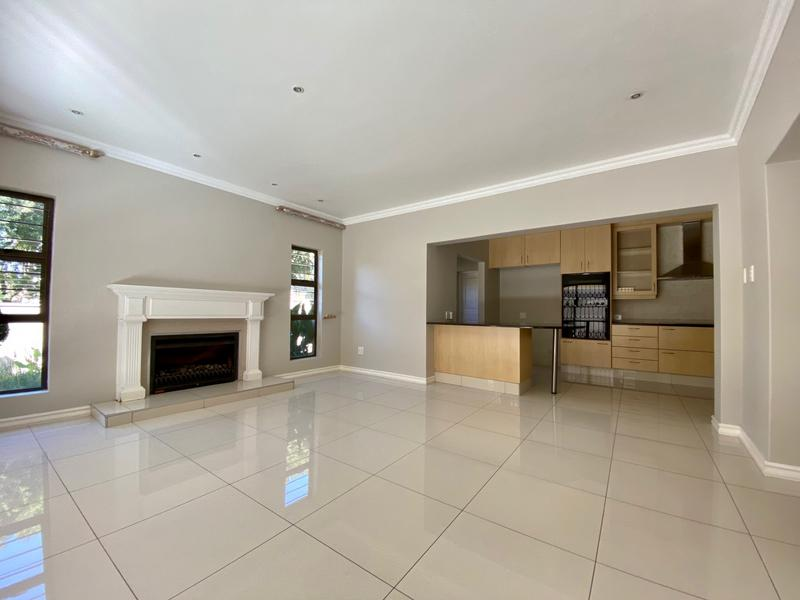 Property For Rent in Rivonia, Sandton 4