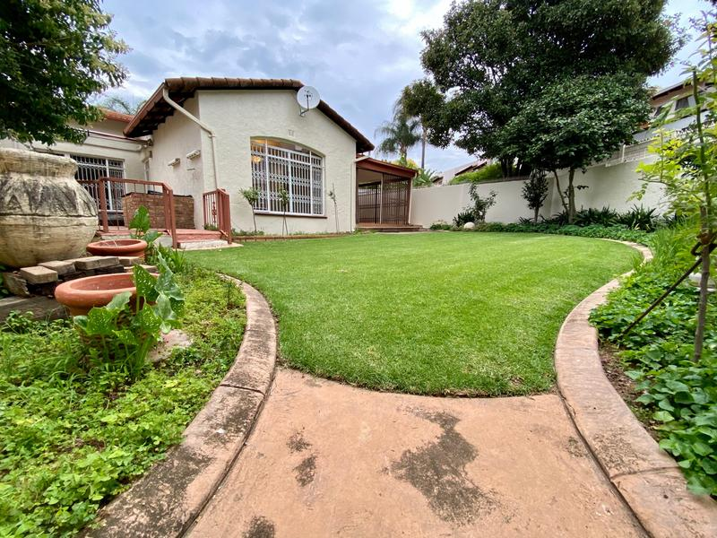 Property For Rent in Strathavon, Sandton 14