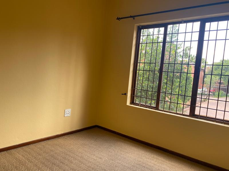 Property For Rent in Magaliessig, Sandton 8