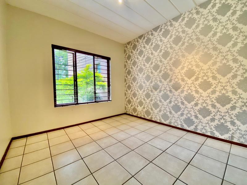Property For Rent in Magaliessig, Sandton 4
